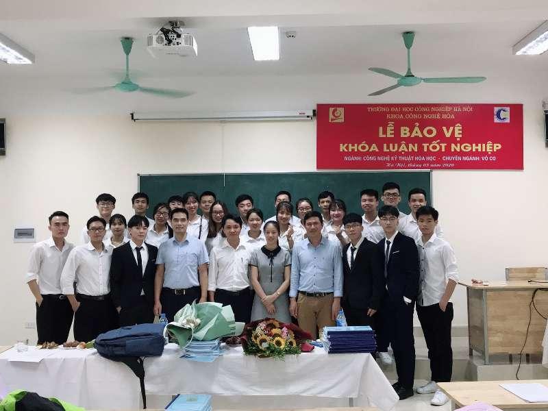 Lễ bảo vệ Đồ án-Khóa luận tốt nghiệp của sinh viên Khoa Công nghệ Hóa